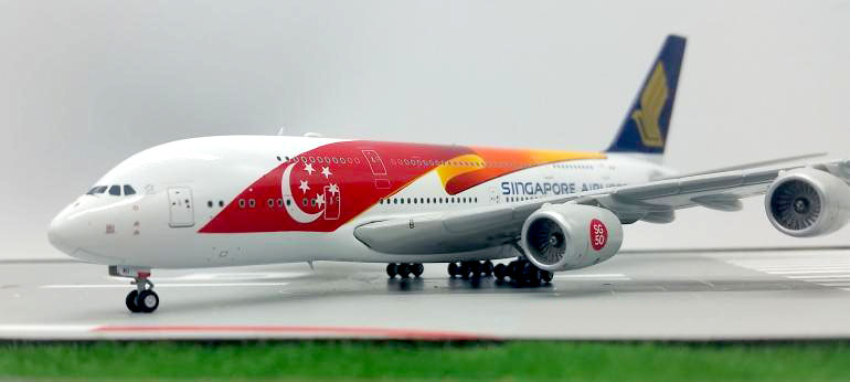 Genuine JCWINGS 1:400 Singapore Airlines Airbus 9V-SKI A380 aircraft model Static collection model(China (Mainland))