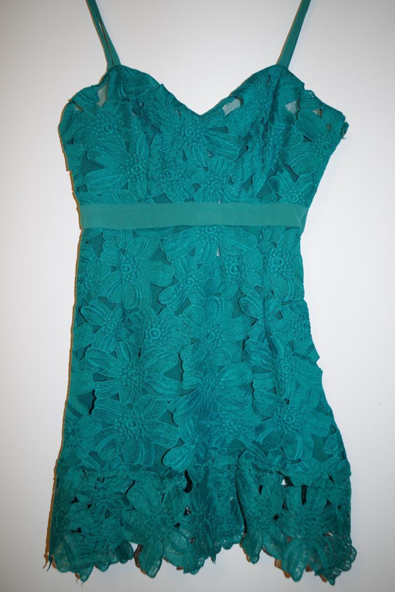 Vestido De Festa 2015 novo roupas De crochê Vestido De renda Vestidos De alças Sexy clube Vestido Hot venda