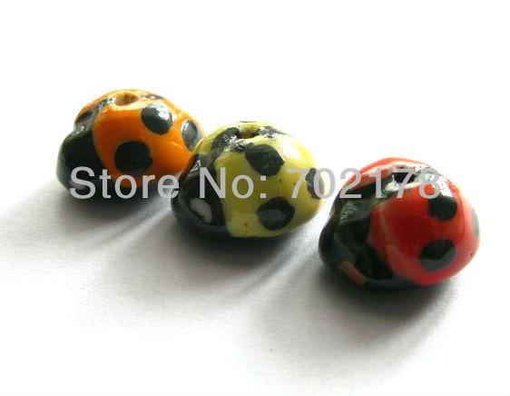 wholesale Free shipping 50pcs mixed color ladybug Porcelain ceramic beads(China (Mainland))