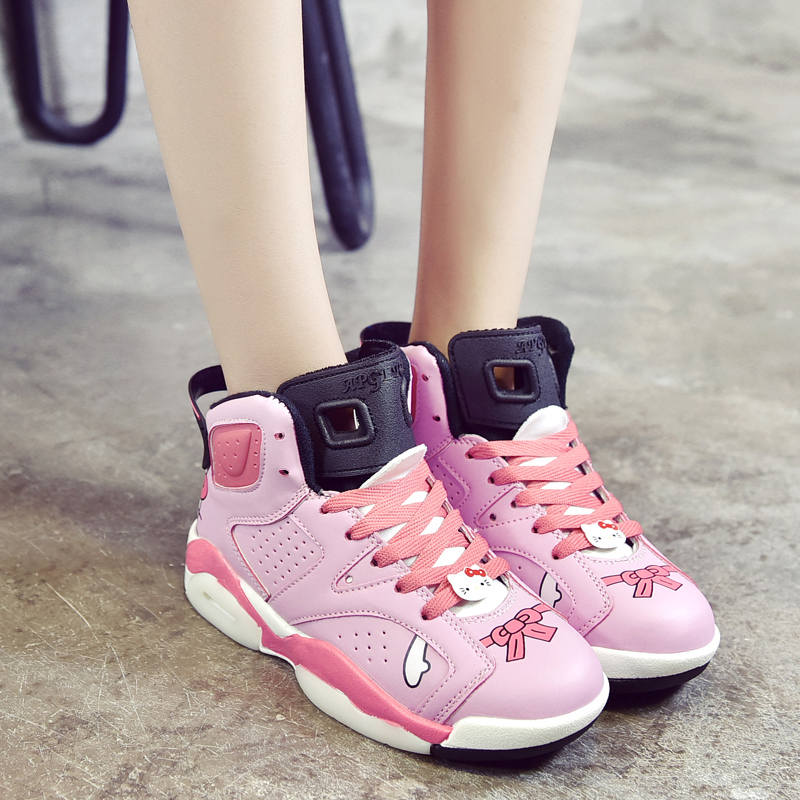 Model Spring Just Wear The Hello Kitty Shoes Boots With Feminine Clothes Or