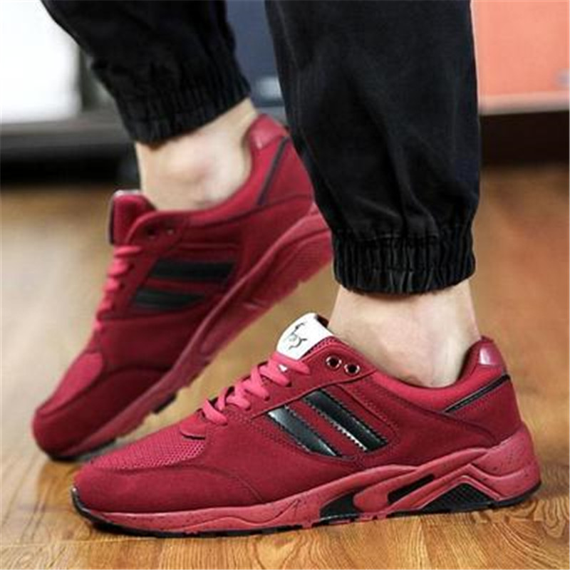 Newest British style mens sports shoes aduit sneakers for men popular students running shoes boys sneakers(China (Mainland))