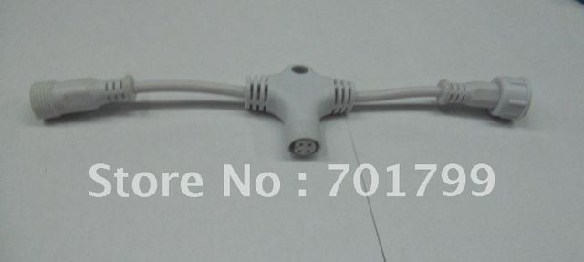 4core T type waterproof splitter;white color;the male connect's diameter;13.5mm