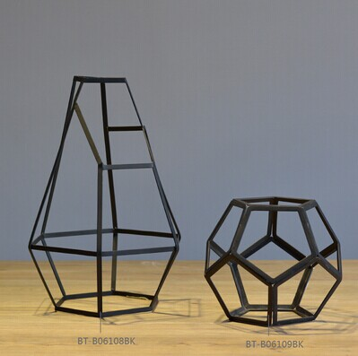 New design Metal Crafts Modern Iron Statues in Black Abstract Style Handmade Sculptures for Home Decor Accessories High Quality(China (Mainland))