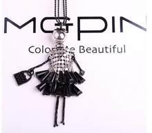 Mdnen 2018 moda boneca pingente colar lindo vestido placa de quartzo colar para as mulheres collier longo camisola colar(China)