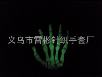 free shipping Noctilucent fluorescence Touchscreen gloves warm winter gloves skull for iphone 5c 5s samsung galaxy Note s3 s4