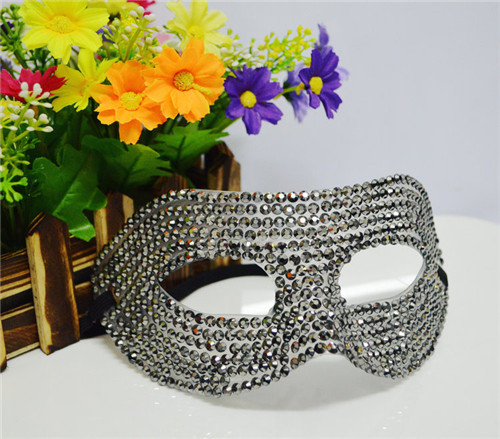 (1 piece/lot) New Hot Sale Halloween masquerade wedding Venice half face fun goggles diamond princess mask(China (Mainland))