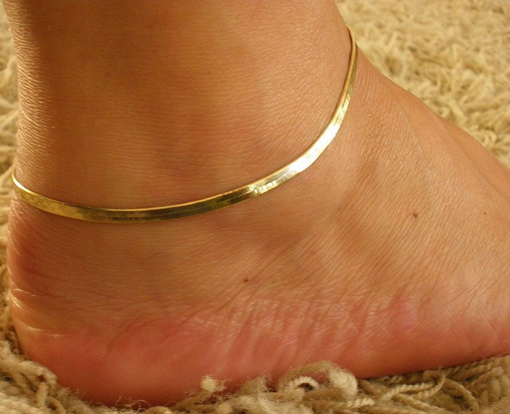 Silver/Gold Chain Anklet Bracelet 2015 Women Simple Delicate Foot Chain Summer Beach Feet Jewelry Free Shipping(China (Mainland))