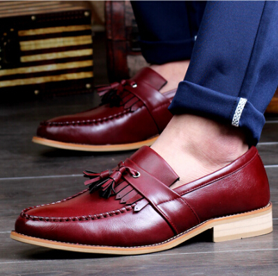 Vintage Men's Brogue Shoes Cow Split leather Male Flats Carved casual shoes pointed toe Oxfords Vintage Derby shoes 1/4(China (Mainland))
