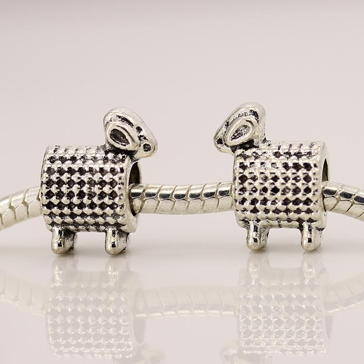 Free Shipping 1Pcs Jewelry Silver Bead Charm European Silver Lovely Goats Fit Pandora BIAGI Bracelet YW15237(China (Mainland))
