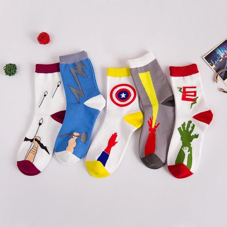 39 44 big size male New arrived Creative comic superhero series captain america men s socks