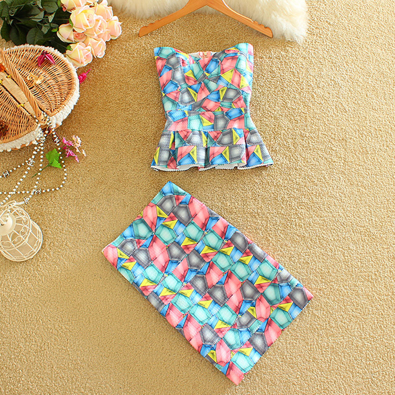 Alpha 2016 Women's Sexy Bodycon Skirt Sets Strapless Bandage Printed Bruiser Tops Cropped + Mini Wrap Hip Summer 2pcs Sets(China (Mainland))
