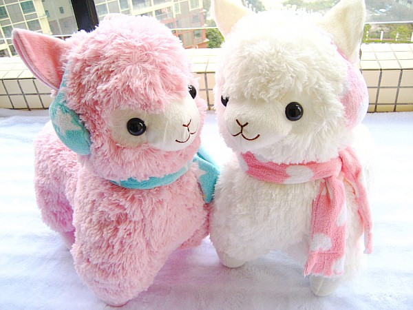 Hot Sale 45cm Alpaca Peluches With Earmuff Japan Alpacasso Jumbo Plush Animal Stuffed Toy For Girls Kids Lover Christmas Gift(China (Mainland))