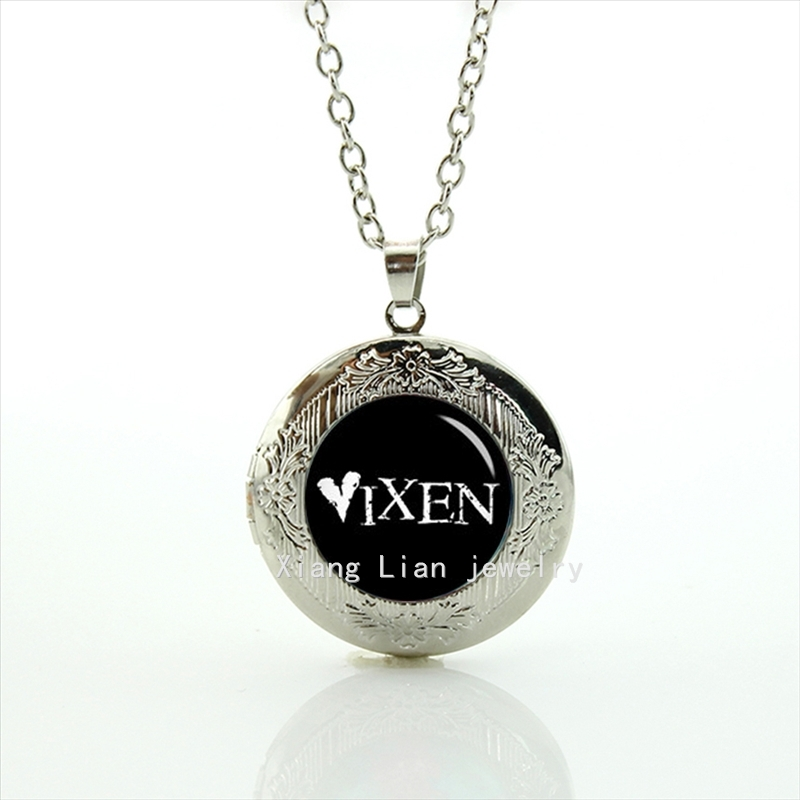 Free shipping vintage vixen personalized any text, Trending photo locket necklace for Men gifts T857(China (Mainland))