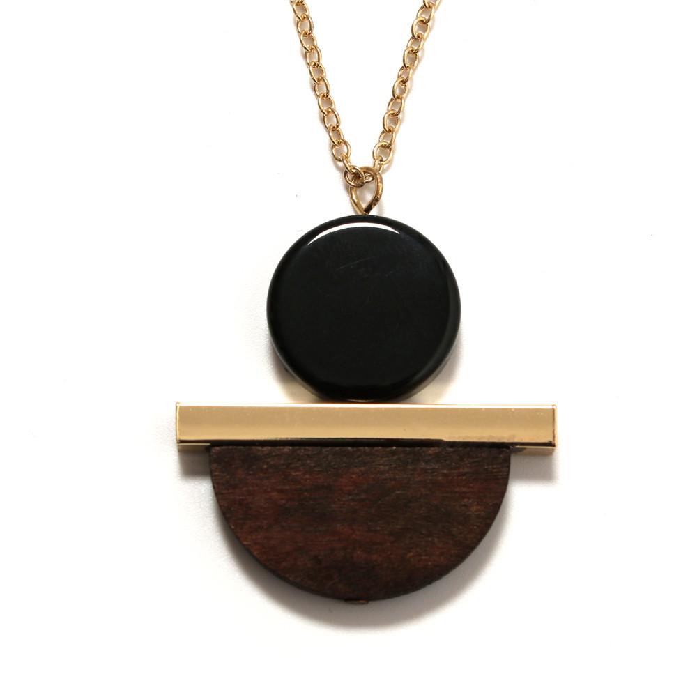 2017 fashion women New Jewelry wholesale Geometric circular resin semi - circular wood combination pendant long wood necklace(China (Mainland))