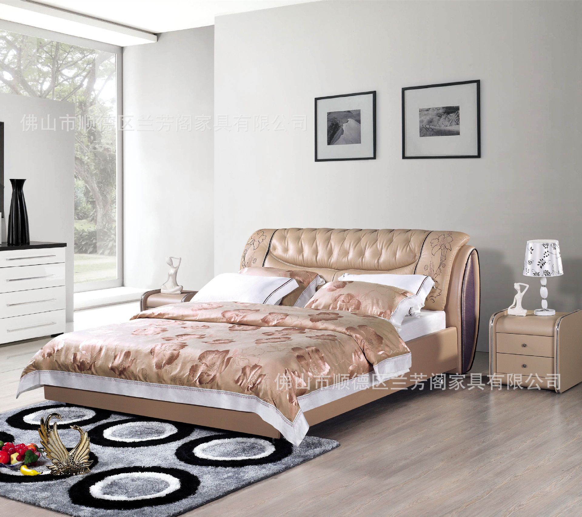 Embroidered bed soft leather special bed Foshan furniture factory direct sales of furniture(China (Mainland))