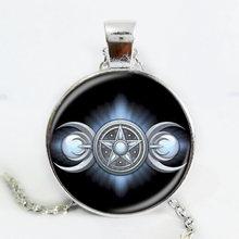 Date Triple lune déesse pendentif Wiccan bijoux lune déesse sorcière colliers verre dôme collier ras du cou lune bijoux(China)