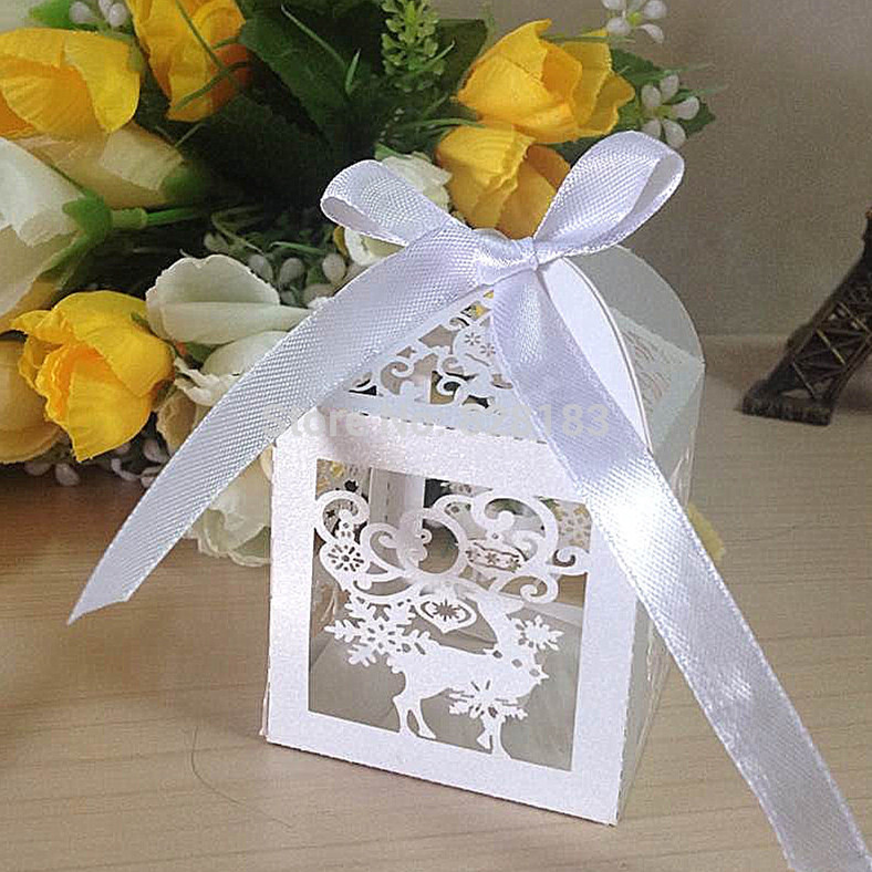 2015 New Fashion white Pearl Paper Laser Cut deer Wedding Candy Box,party showe candy box,christmas deer paper box(with ribbon)(China (Mainland))