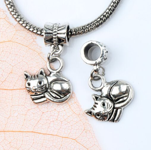 17pcs MIC Tibetan Silver Smooth Lying Cat Metal Big Hole Beads Dangle Fit European Charm Bracelets B1153(China (Mainland))