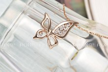 ROXI New Christmas Gift Butterfly PENDANT Fashion Rose Gold Plated Chain Calabash Sales Lucky NECKLACE for
