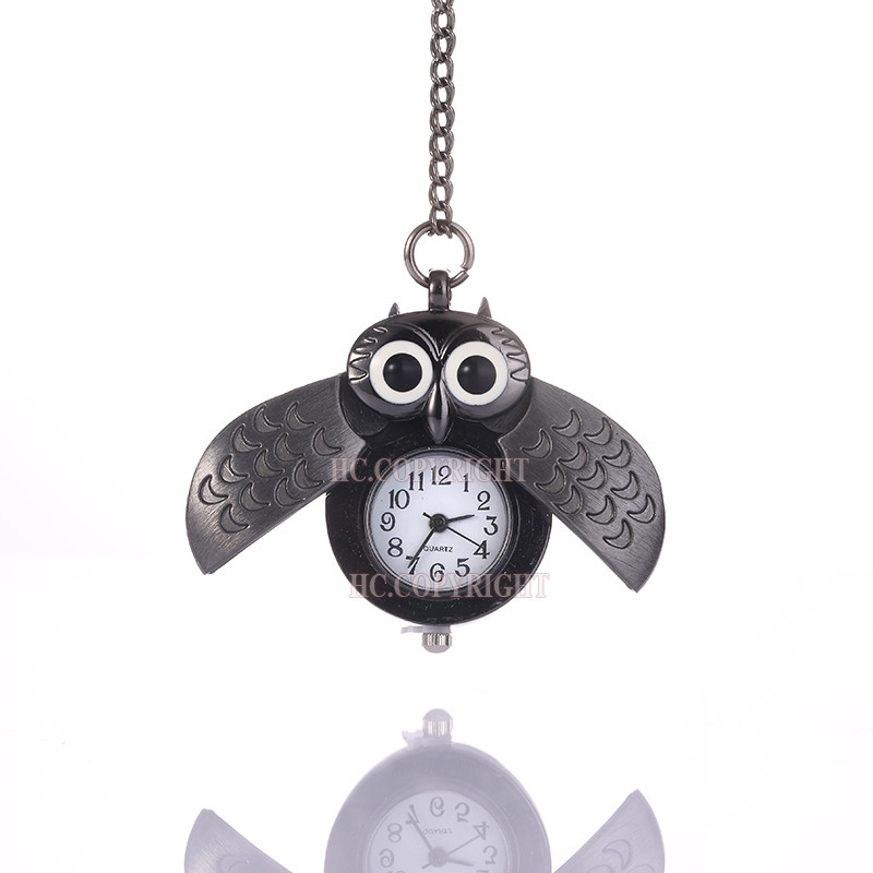Noble Black Vintage Owl Pocket Watches Rotating Wing Steampunk Pendent Necklace Women Dress Accessories(China (Mainland))