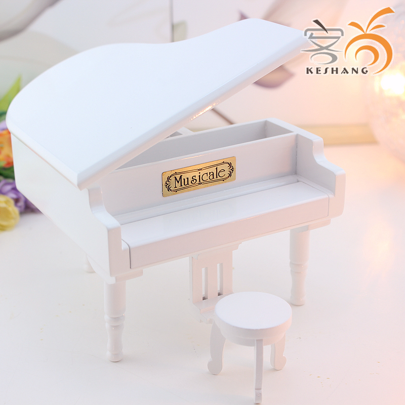 Exquisite wood paint white piano music box music box birthday gift products send female children's day can be lettering(China (Mainland))