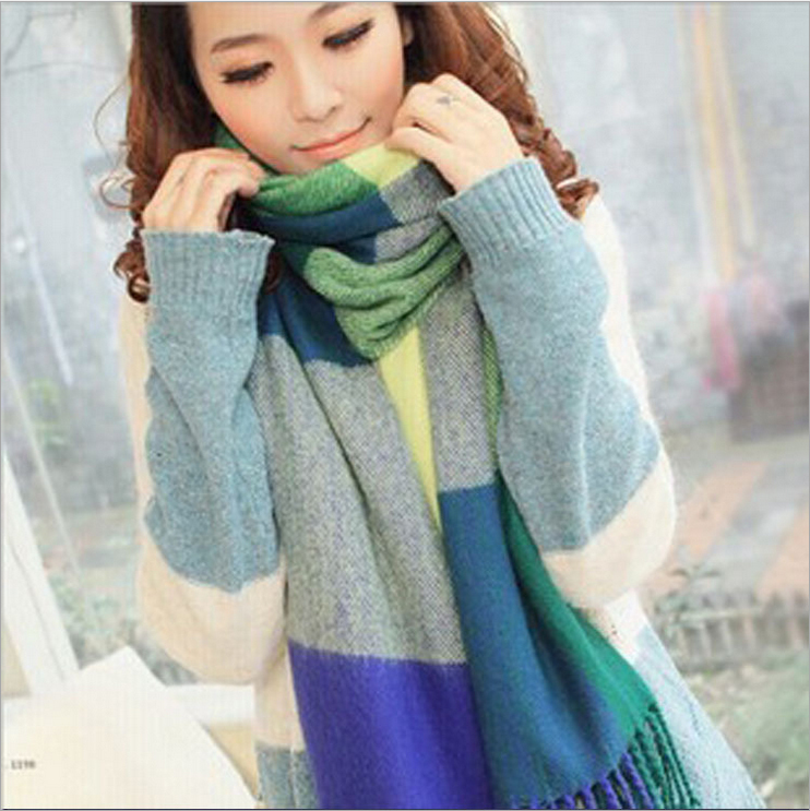 2014 New Winter England Wild Checkered Scarf Shawl Female Scarves Factory Direct Wholesale S4070(China (Mainland))