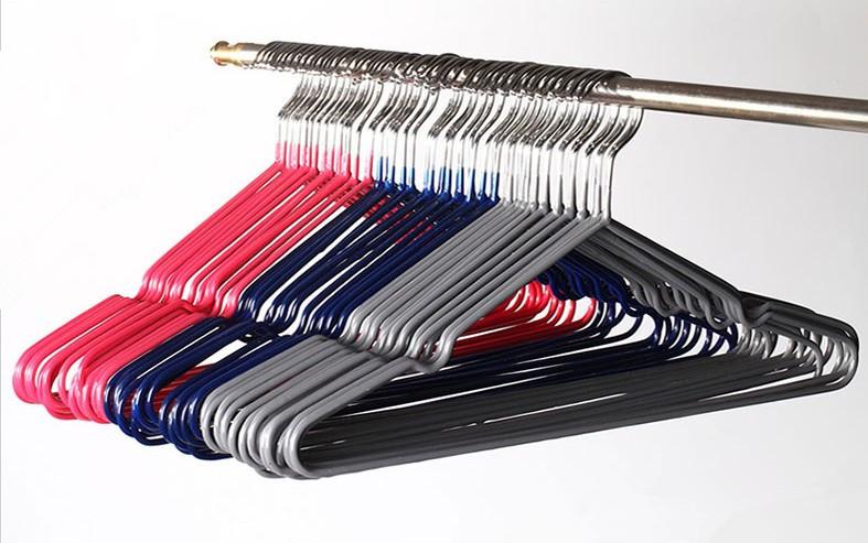 Hangerworld High Quality PVC Coated Hangers/ Metal Hanger (30 pieces/Lot)(China (Mainland))