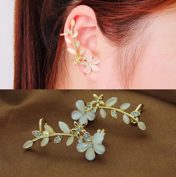 Nice Fashion Korea Fascinating Leaf Earrings Leaf Ear Cuff Clip Earrings For Women 100KKE(China (Mainland))