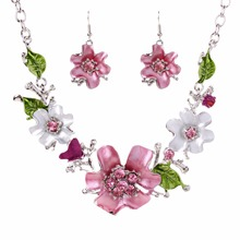 Trendy New Women's White K Set Crystal Flowers Jewelry Set Necklace Earrings Wedding Jewelry Sets Gift TL95171(China (Mainland))