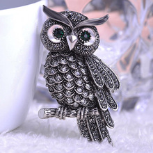 Luxurious Vintage Jewelry Kawaii Cute Owl Brooches Corsage Brooch Broach Antique Gold Topaz Insect Hijab Pin