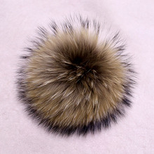 Genuine Real Raccoon Fur Pompom Fur Pom Poms Ball for Hats & Caps Big Natural Fur Pompon Ball For Shoes Hats Bags Accessories(China (Mainland))
