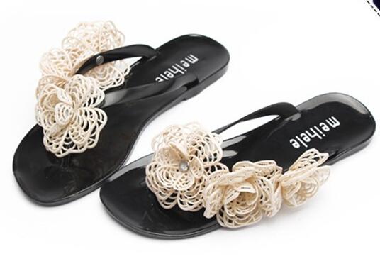 2015 Summer Women Beach Sandals With Net Shape Beautiful Camellia Flower 2 Size Smaller Sweet  Flip Flops XWZ842(China (Mainland))