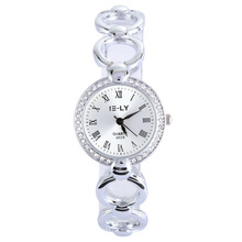 Hot Brand New Silver Watch Fashion Casual Women's Watch Stainless Steel WristWatches Round Quartz Ladies Bracelet Dress Watch