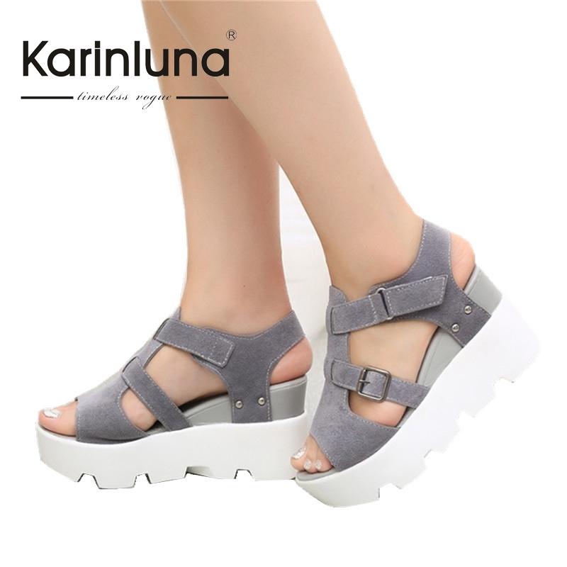 Ladies footwear distributors