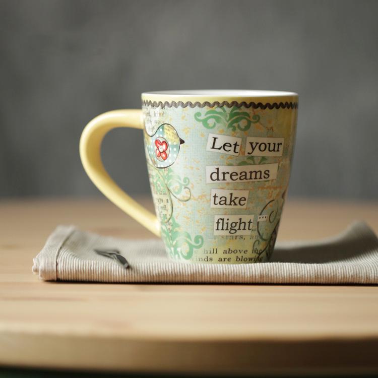 High Quality Ceramic Mugs Yellow Handgrip Letter Printed Bird Inside Coffee Mug Cute Cup Thicken Dream Cups Wholesale Drinkware(China (Mainland))