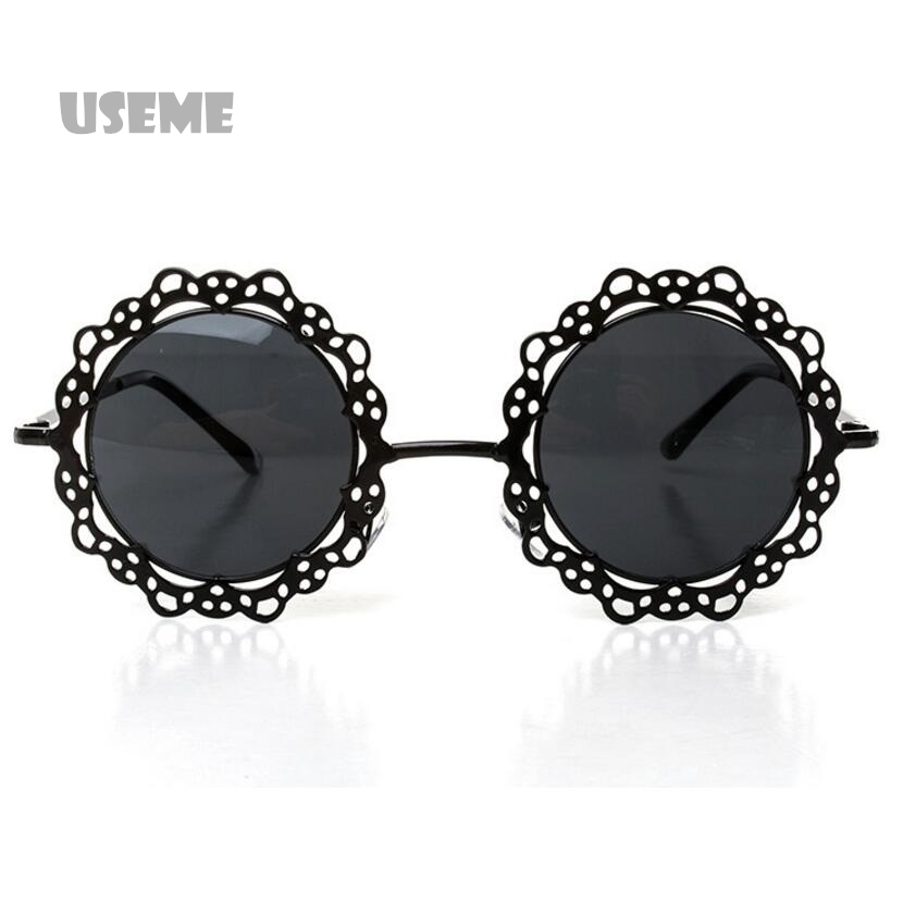Metal Frame Sunglasses Hollow Out Round Sunglasses Women Vintage Retro Sun Glasses Lace Flower Design Decoration Glasses Oculos(China (Mainland))
