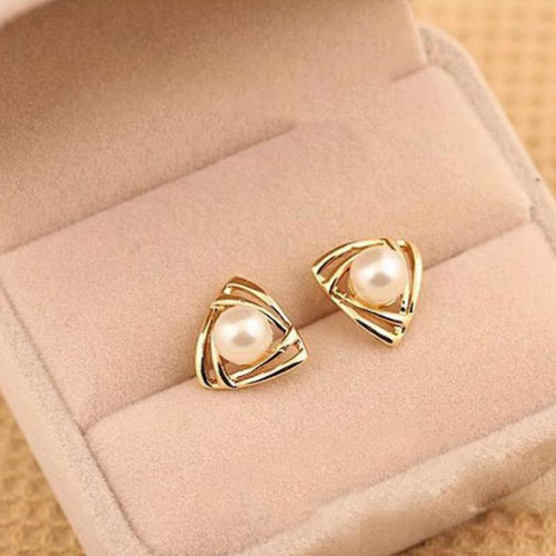 2017 New Hot Selling Elegant Charming Tone Triangle White Pearl Ear Stud Earrings Gift Well, Party Girl Lady Women(China (Mainland))