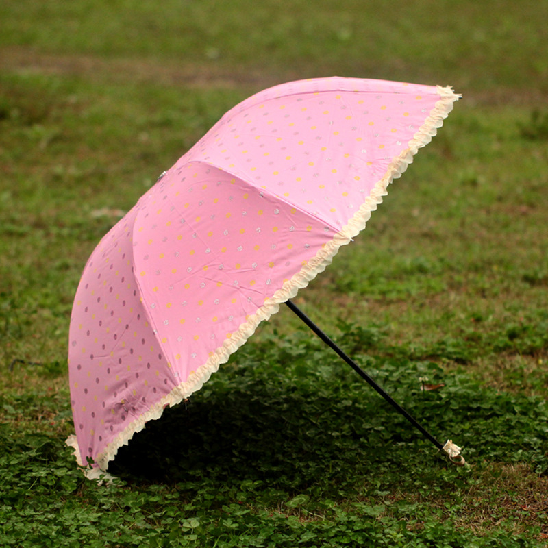 2016 New Lovely dot Lace Umbrella Fashion Travel Folding Umbrella(China (Mainland))
