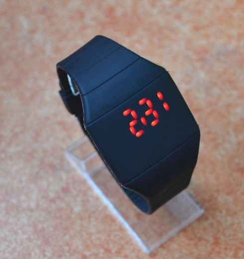 Hot fashion sports watch men watches top brand luxury brief silicone led display nik women - Jewelry store