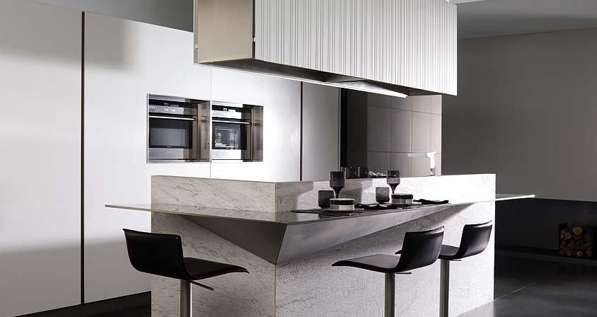 customized solid wood kitchen cabinet /kitchen furniture/kitchen cupboard/blum drawer(China (Mainland))