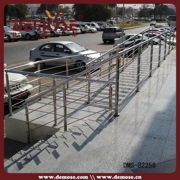2015 hot sale indoor balcony railing designs in india for Design of balcony railings in india