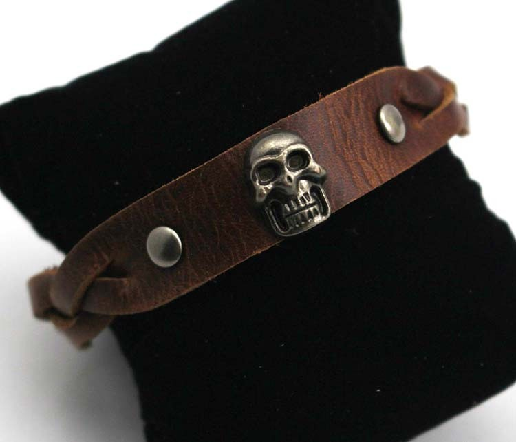 Новая кожа 2015 обернуть браслет череп сплав браслеты для мужчин