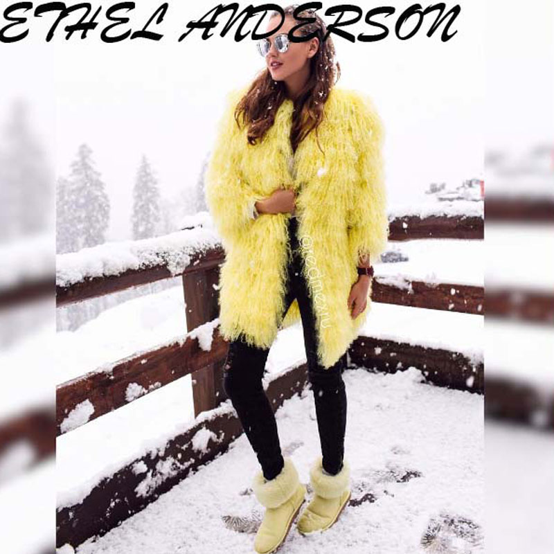 3-Yellow-fur-coats