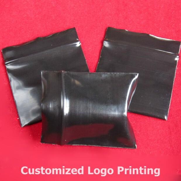 Free Shipping thick zipper top bag 300PCS Small Ziplock bag 1.57x1.97 inch (4X5CM) Reclosable Black seal bag(China (Mainland))