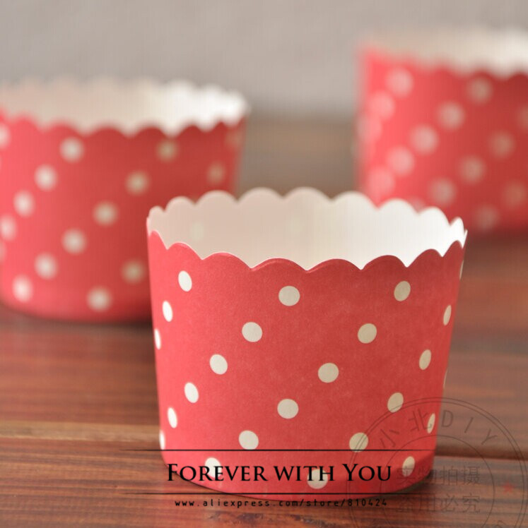 Free shipping red polka muffin liners cupcake wrappers packaging baking mold case baking cup tray 5*4.5cm(China (Mainland))
