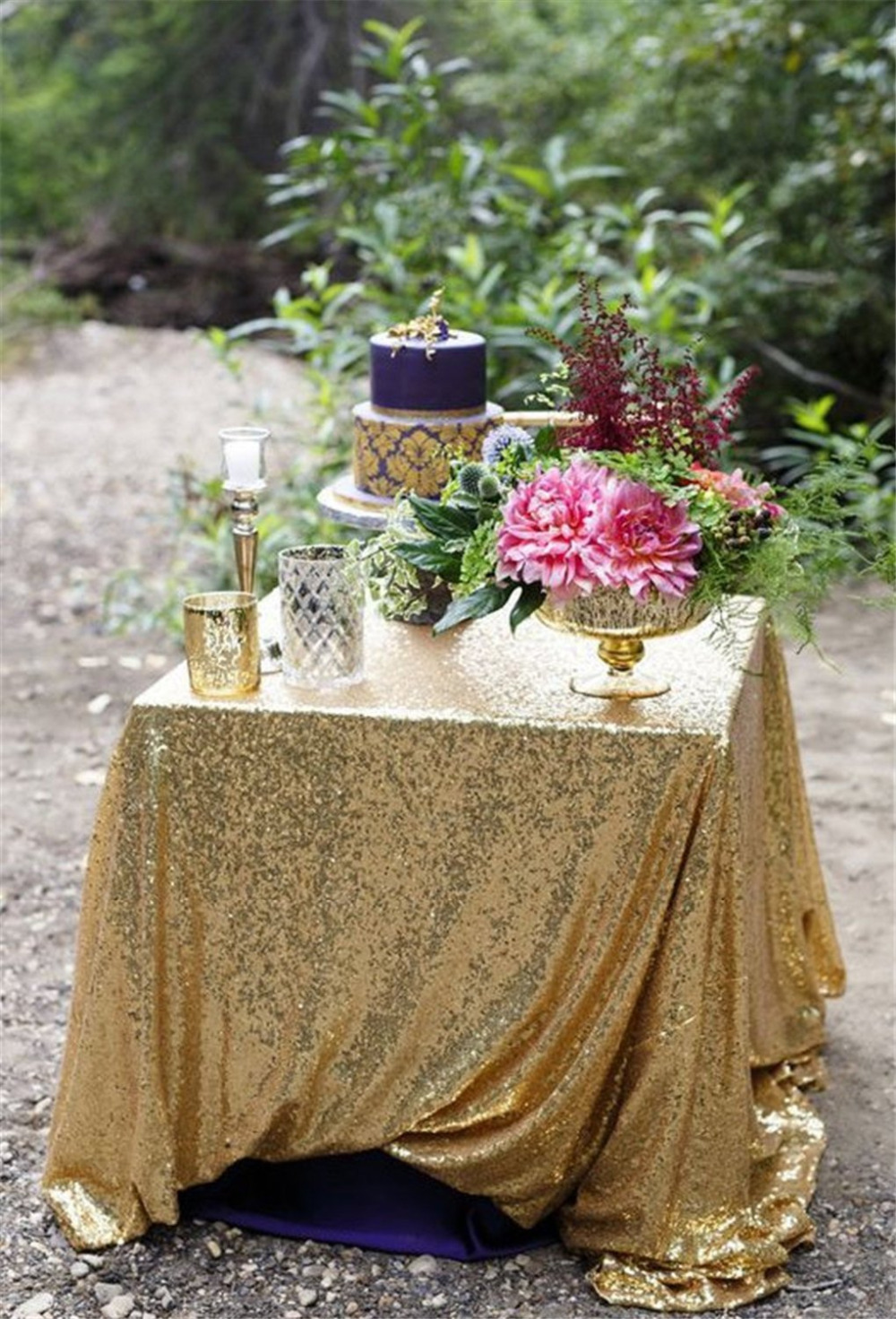 "72""x72"" Gold Sparkly Sequin Tablecloth for Wedding 5ft Table Decoration(China (Mainland))"