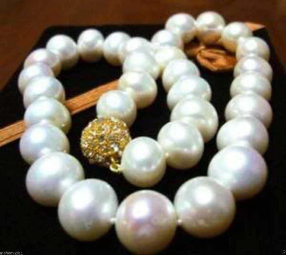18 AAA+11-12MM Akoya white pearl necklace<br><br>Aliexpress