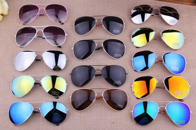 Гаджет  15 Colors Free Shipping 2014 Sale Brand Designer Blue Mirrored Sunglasses Men Silver Mirror Vintage Sunglasses Women Glasses Hot None Одежда и аксессуары