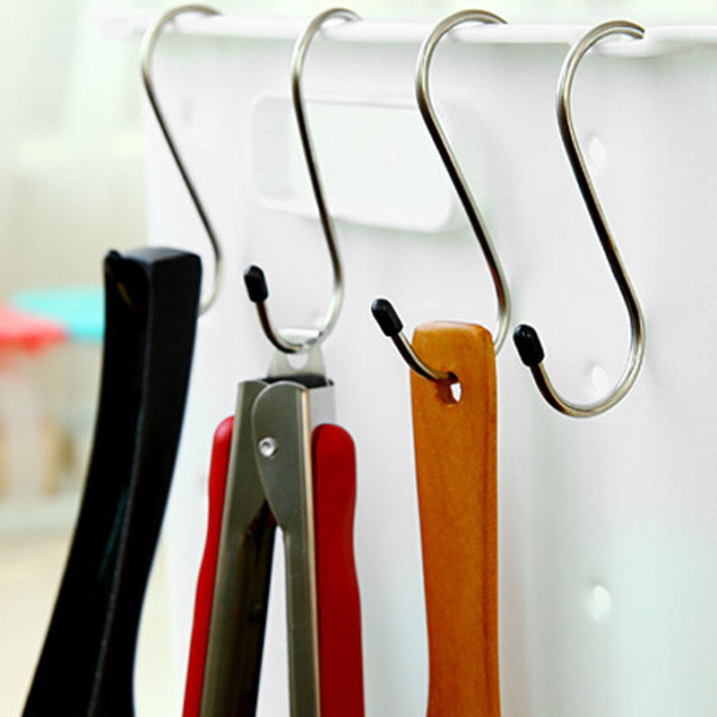 4pcs High-quality stainless steel S hook shape bearing 5kg multifunctional creative home decor hook hanger for keys clothes rack(China (Mainland))