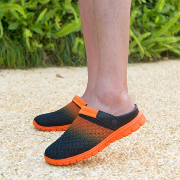 Novo estilo homens verão chinelos buraco mulas & tamancos sandálias respiráveis casuais masculino modelo 927(China (Mainland))